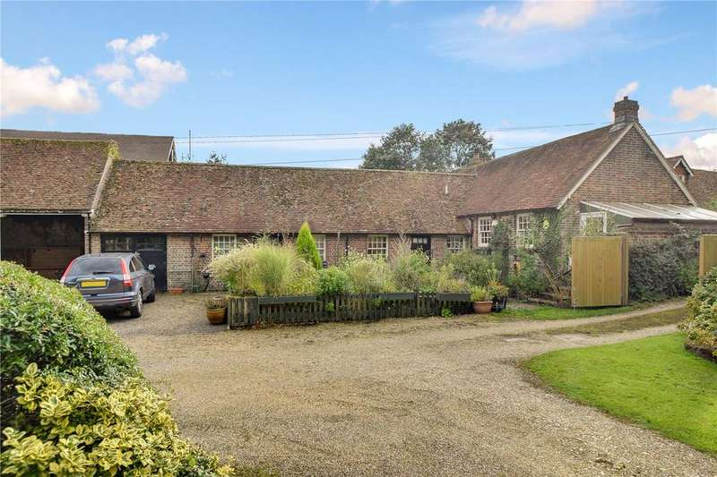 3 Bedrooms Barn Conversion Character Property for sale in Farnham Road, Liss, Hampshire