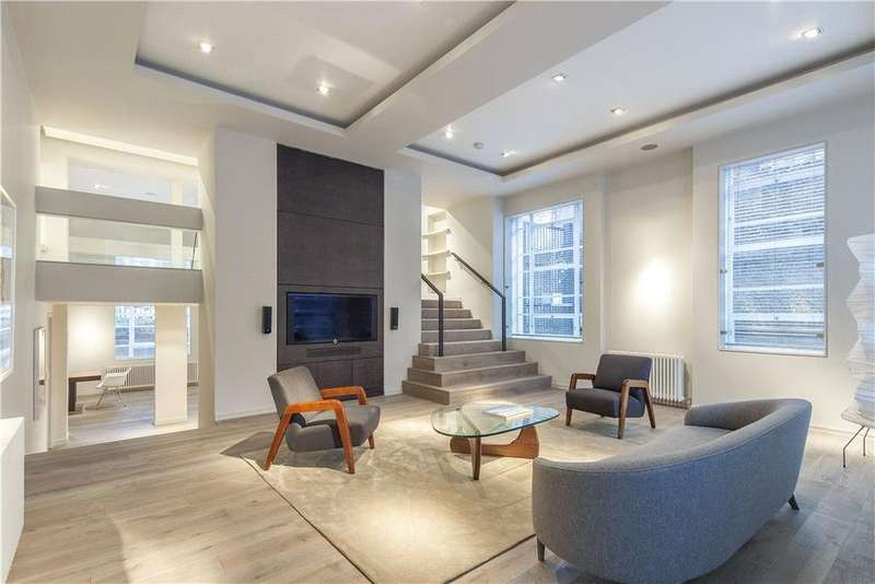 3 Bedrooms Maisonette Flat for sale in Hall Road, London, NW8