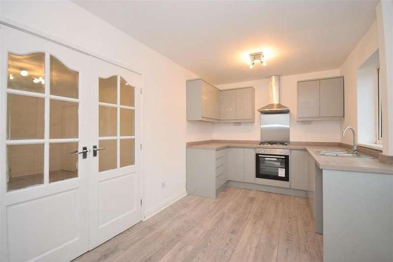 2 Bedrooms Semi Detached House for rent in Orr Avenue, Silksworth, Sunderland