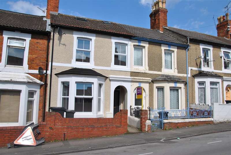 3 Bedrooms Town House for rent in Clifton Street, Old Town, Swindon