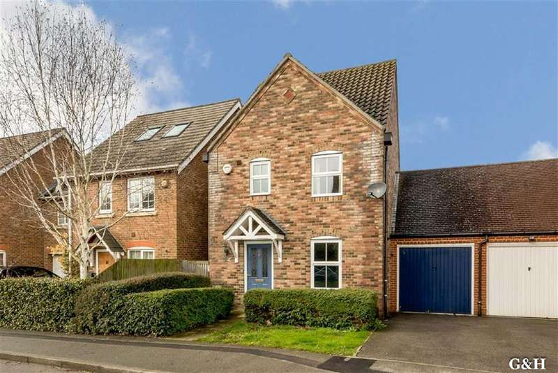 3 Bedrooms Detached House for sale in Imperial Way, Ashford, Kent