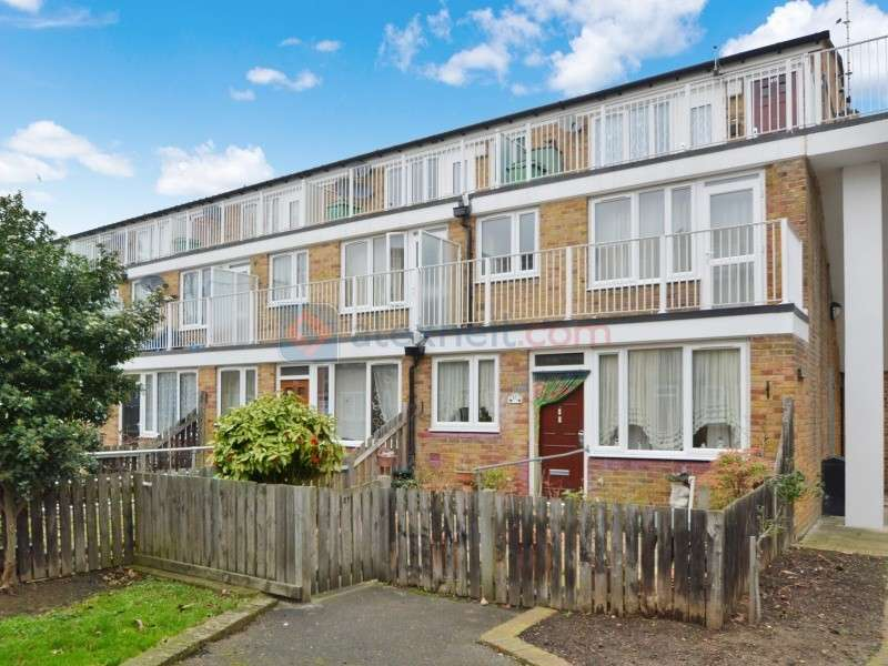 1 Bedroom Flat for sale in Lucey Way, Bermondsey SE16