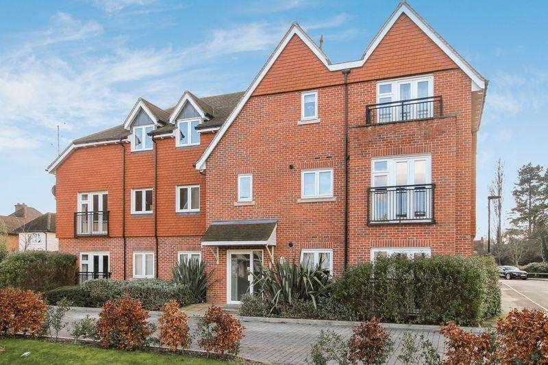 1 Bedroom Apartment Flat for sale in Burpham