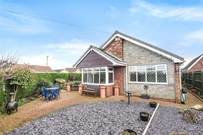 3 Bedrooms Detached Bungalow for sale in Sterling Crescent, Waltham, DN37