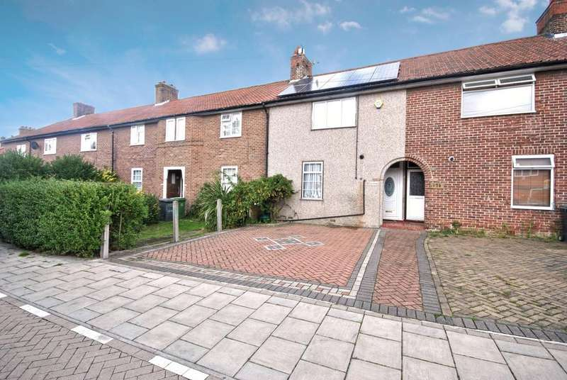 2 Bedrooms Terraced House for sale in Moorside Road Bromley BR1