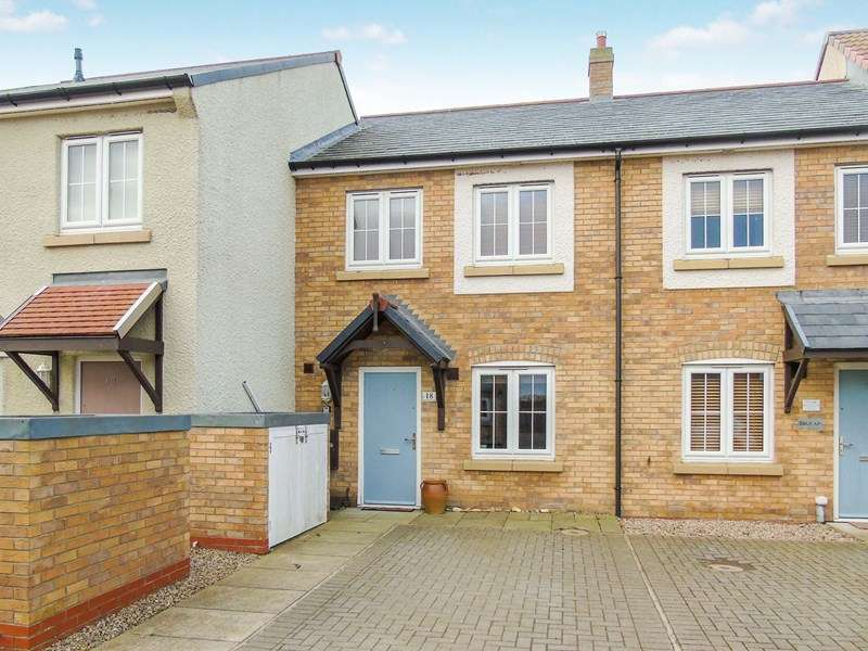 3 Bedrooms Property for sale in St. Ebbas Way, Beadnell, Chathill, Northumberland, NE67 5GH
