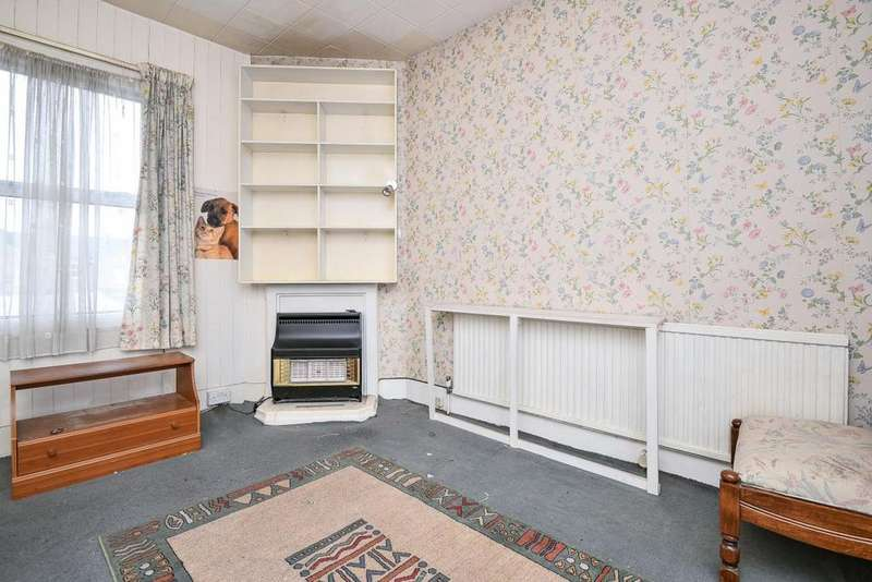 2 Bedrooms Terraced House for sale in Sangley Road, Catford