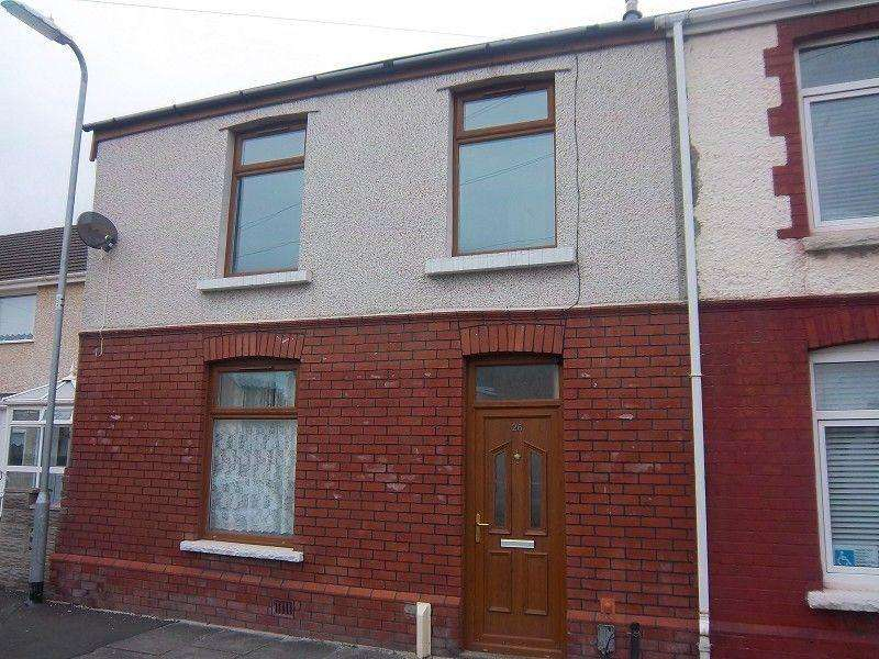 3 Bedrooms End Of Terrace House for rent in Vivian Terrace, Port Talbot, Neath Port Talbot.