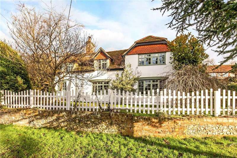 5 Bedrooms Detached House for sale in Church Road, North Waltham, Basingstoke, Hampshire, RG25