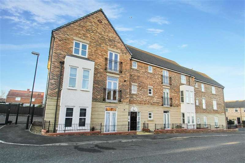 2 Bedrooms Flat for sale in Renaissance Point, North Shields