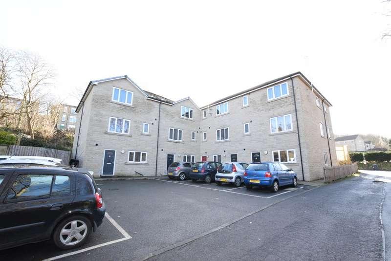 4 Bedrooms Property for rent in Lockwood Scar, Huddersfield HD4