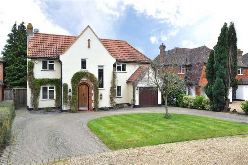 5 Bedrooms Detached House for sale in Redgate Drive, Hayes, Kent