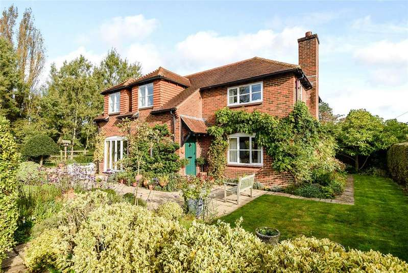 2 Bedrooms Detached House for sale in Broad Oak, Odiham, Hook, Hampshire
