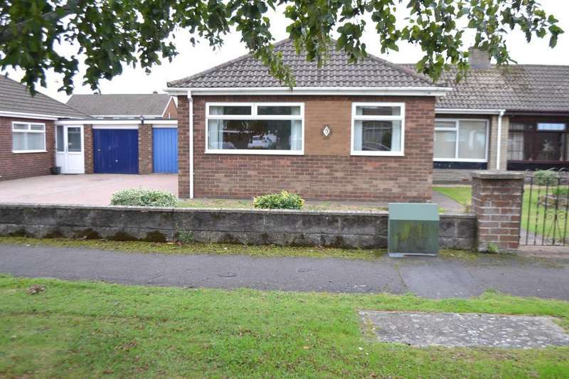 3 Bedrooms Semi Detached Bungalow for sale in Sandringham Crescent, Scunthorpe, North Lincolnshire, DN17