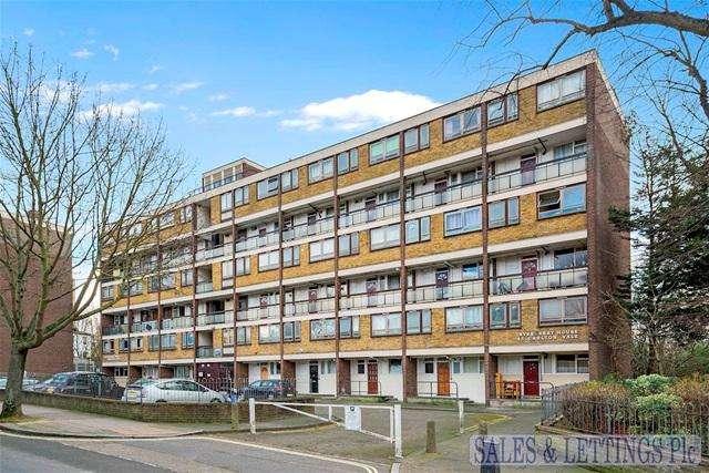 3 Bedrooms Maisonette Flat for sale in Invergarry House, Carlton Vale, London