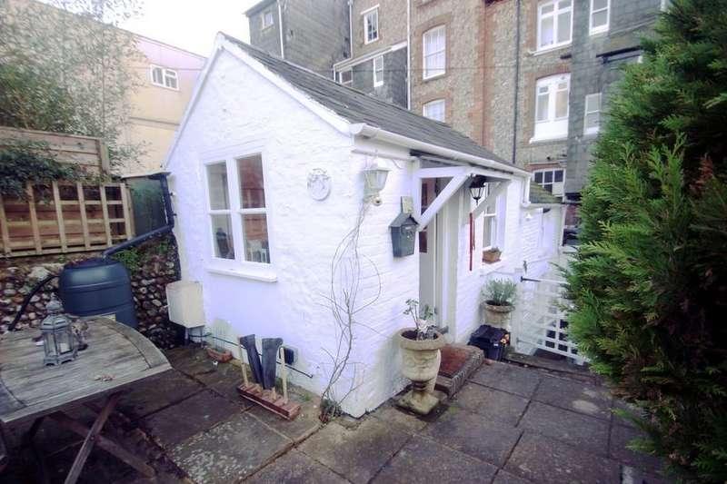 1 Bedroom Cottage House for sale in South Terrace, Littlehampton