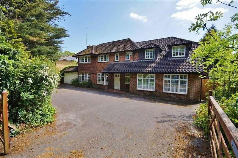 5 Bedrooms Detached House for sale in Leatherhead Road, Oxshott, Surrey, KT22