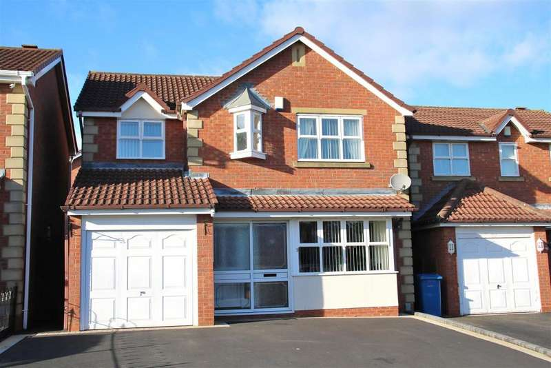 4 Bedrooms Detached House for sale in Ullswater, Wilnecote, Tamworth