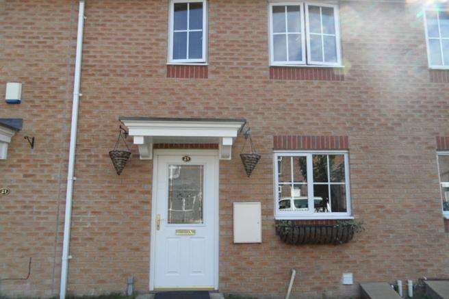 3 Bedrooms Town House for rent in 23 Pitt Street, Darfield, Barnsley, S73 8AS