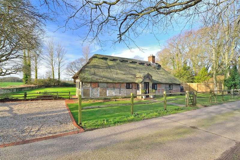 4 Bedrooms Detached House for sale in Grevatts Lane, Climping, West Sussex, BN17
