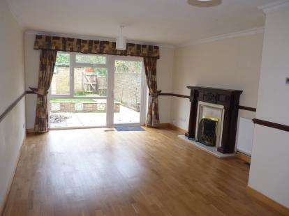 House for sale in Horsenden Lane South, Perivale, Greenford, Middlesex