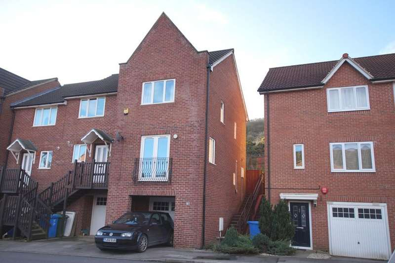 2 Bedrooms Town House for sale in Phoenix Drive, Scarborough