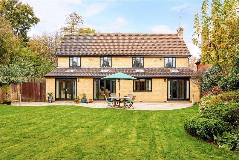 5 Bedrooms Detached House for sale in Hampden Way, West Malling, ME19