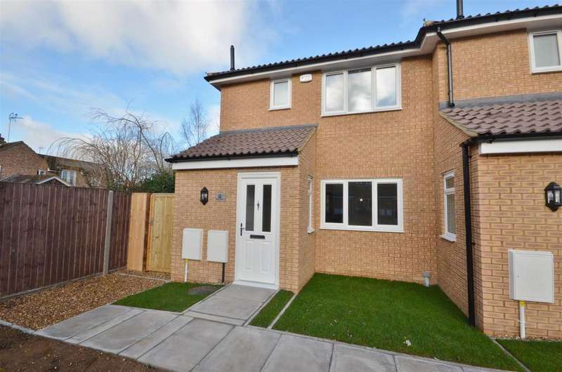 2 Bedrooms Semi Detached House for sale in Viking Close, Barton-Le-Clay