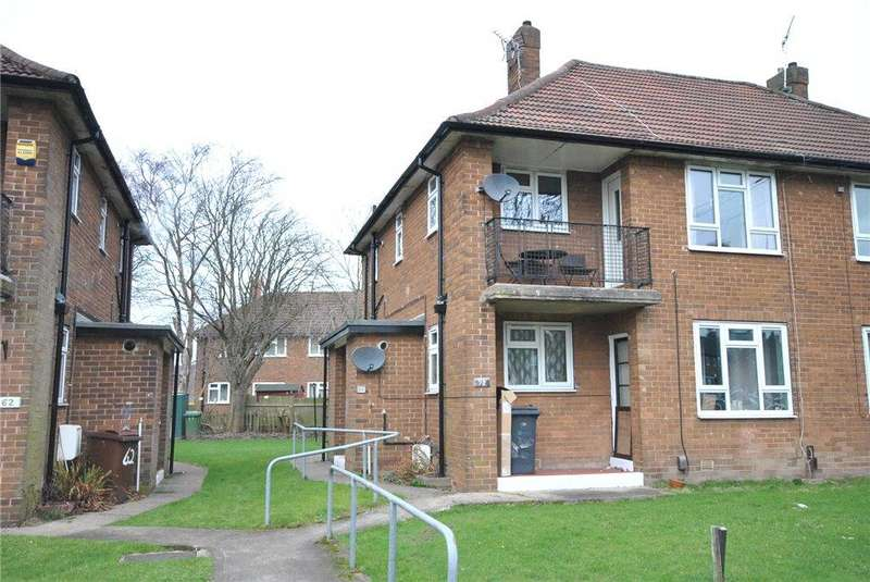 1 Bedroom Apartment Flat for sale in Latchmere Drive, West Park, Leeds
