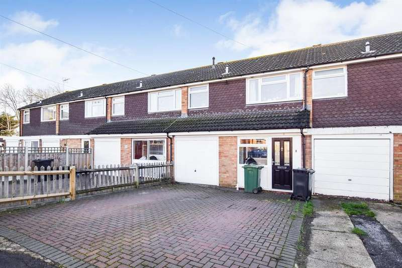 3 Bedrooms Terraced House for sale in Gloucester Avenue, Maldon