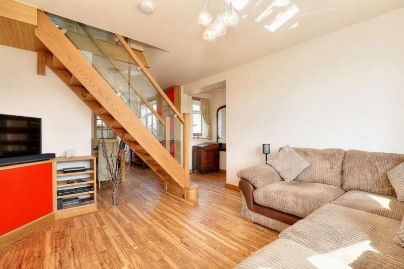 2 Bedrooms Semi Detached House for sale in 7 Helston Rise, Millhouses, Sheffield S7 2GL