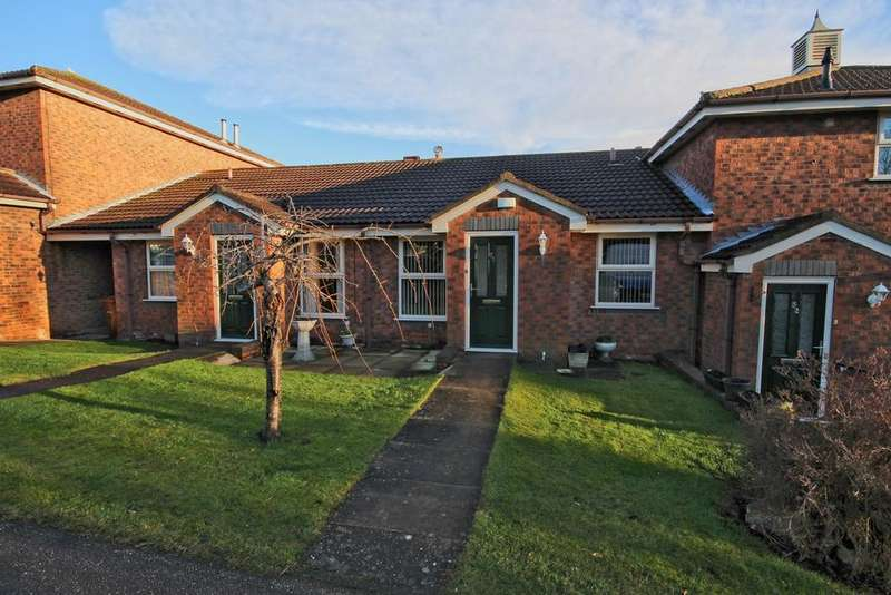 2 Bedrooms Bungalow for sale in Beverley Road, Willerby, HULL, HU10