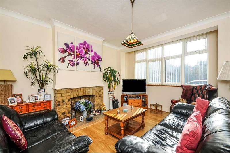 3 Bedrooms House for sale in Ripley Gardens, Mortlake