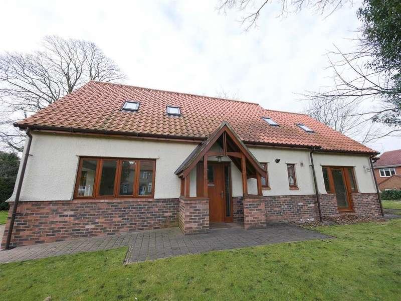 4 Bedrooms Detached Bungalow for sale in Bede Brook, Barnes, Sunderland