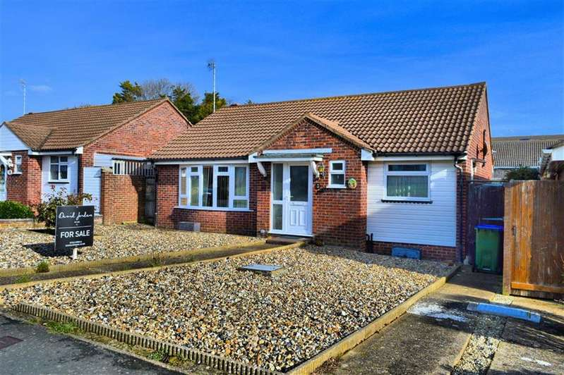 2 Bedrooms Detached Bungalow for sale in Lexden Road, Seaford, East Sussex