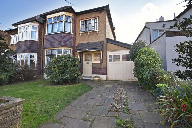 3 Bedrooms Semi Detached House for sale in Sherwood Avenue, South Woodford