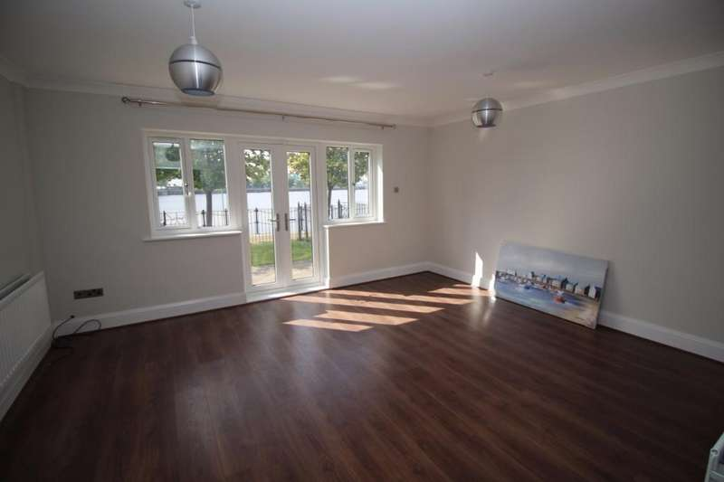 3 Bedrooms Town House for rent in Merchants Quay, Salford Quays, Salford, M50