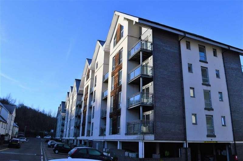 2 Bedrooms Duplex Flat for sale in Britannia Apartments, Swansea, SA1