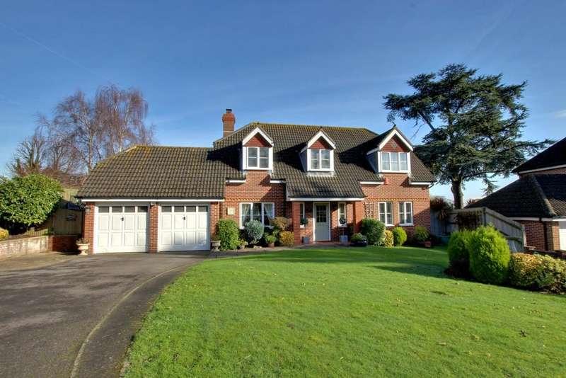 4 Bedrooms Detached House for sale in Bedhampton, Havant