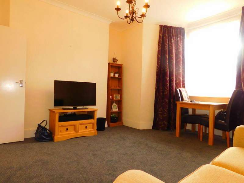 1 Bedroom Ground Flat for sale in Westgate Bay Avenue CT8