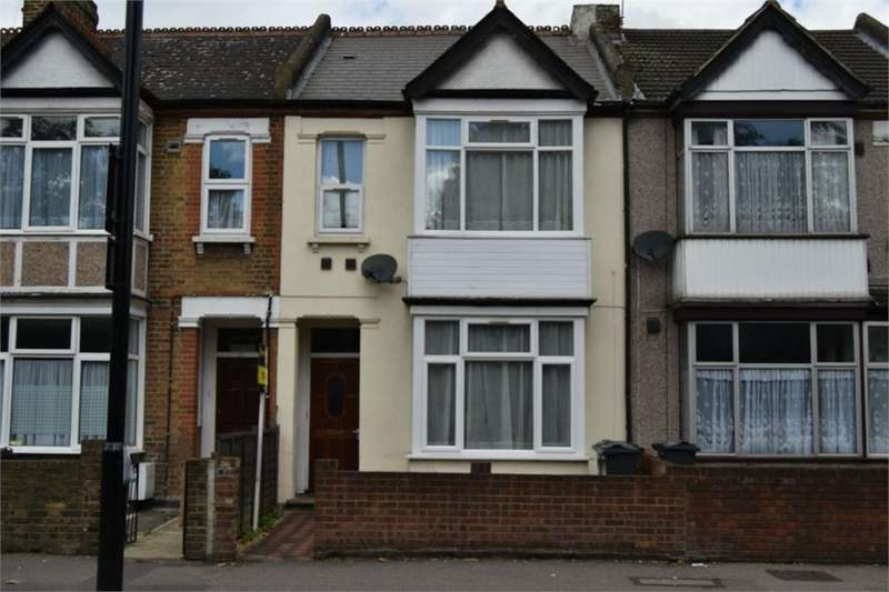 3 Bedrooms Terraced House for sale in Hanworth Road, Hounslow, Middlesex