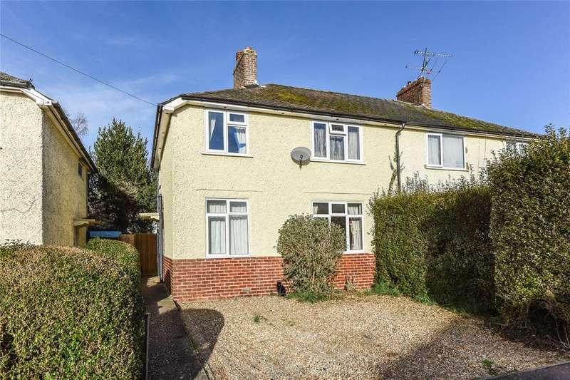3 Bedrooms Semi Detached House for sale in Chauntsingers Road, Alton, Hampshire
