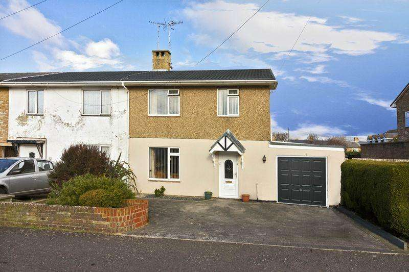 3 Bedrooms Terraced House for sale in The Quadrant, Goring-by-Sea