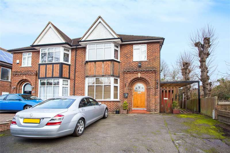 4 Bedrooms Semi Detached House for sale in High Road, Woodford Green