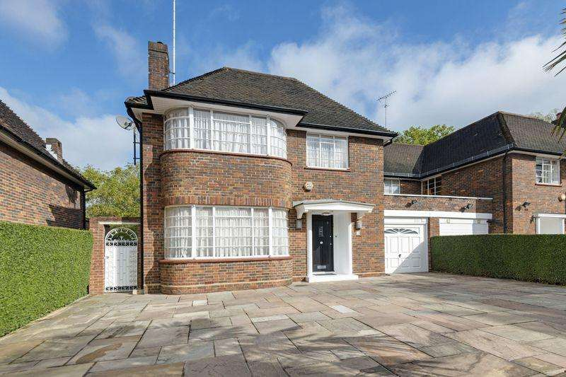 5 Bedrooms Semi Detached House for sale in Carlyle Close, Hampstead Garden Suburb, London N2