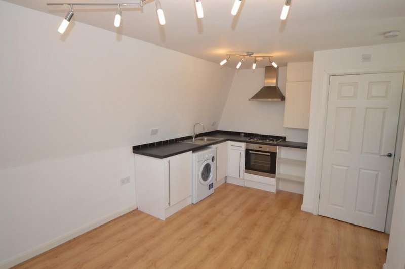 3 Bedrooms Apartment Flat for sale in Dollis Road, Mill Hill East