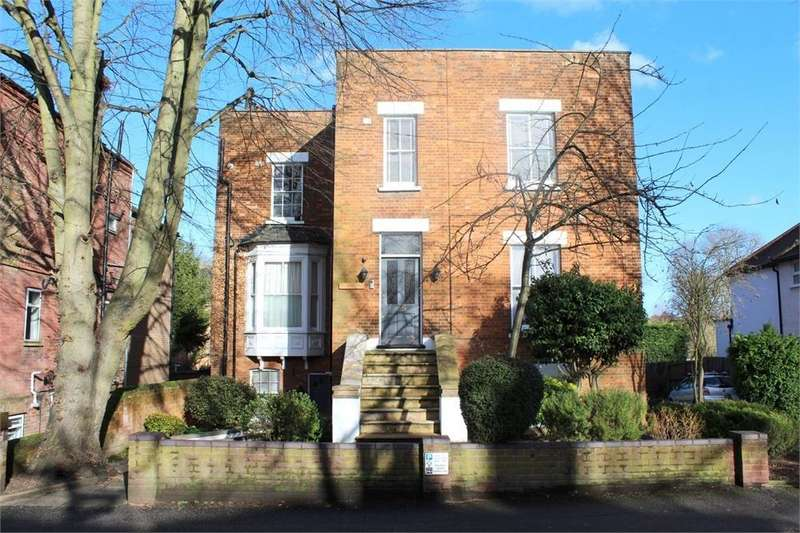 1 Bedroom Flat for sale in Prospect Road, St Albans, Hertfordshire