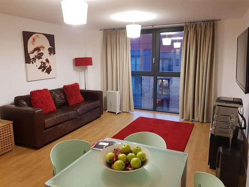 2 Bedrooms Apartment Flat for rent in Southside Apartments, St Johns Walk