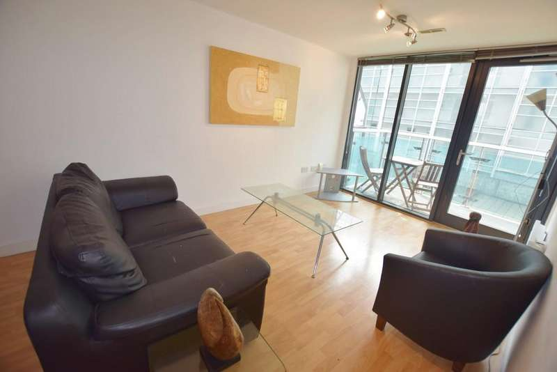 1 Bedroom Apartment Flat for sale in Lovell House , Leeds