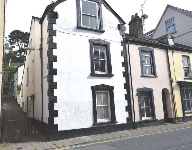 4 Bedrooms Terraced House for sale in Barnstaple Street, Bideford